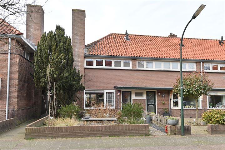 Juliusstraat 23