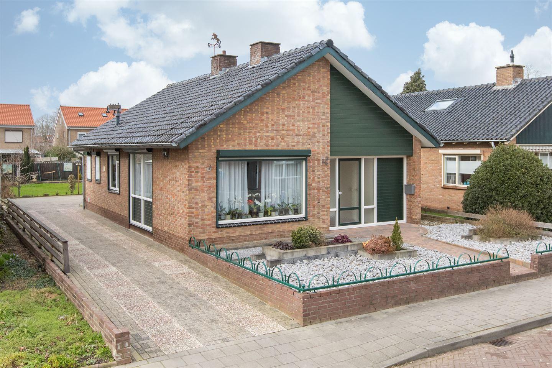 Bekijk foto 1 van Vredenburgstraat 22 B