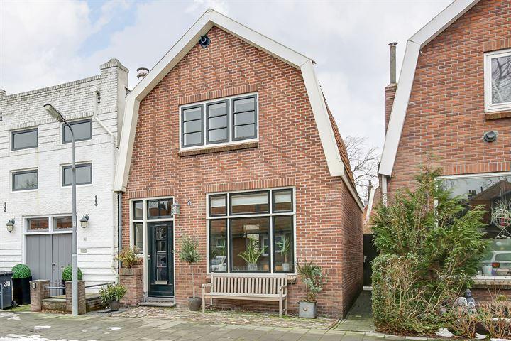 Rozenstraat 28