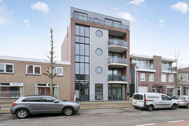 Bekijk foto 1 van Molenstraat 44