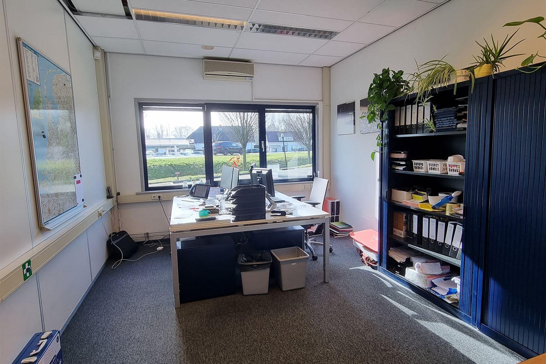 Bekijk foto 4 van Holweistraat 2