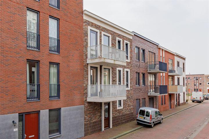 Oranjestraat 74