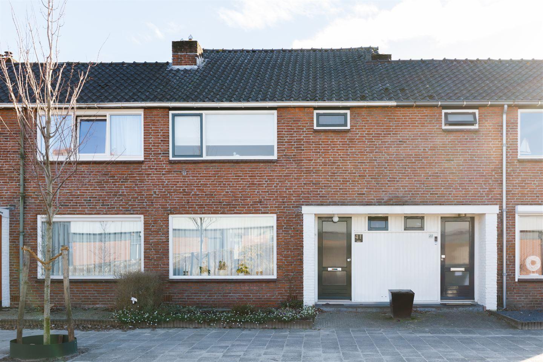 Bekijk foto 1 van Rijnstraat 41
