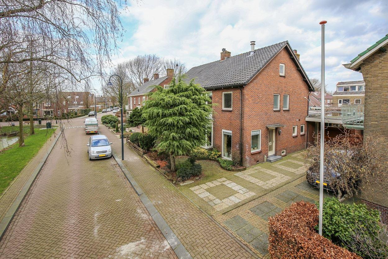 Bekijk foto 3 van Burg. v. Dobben de  Bruijnstraat 15
