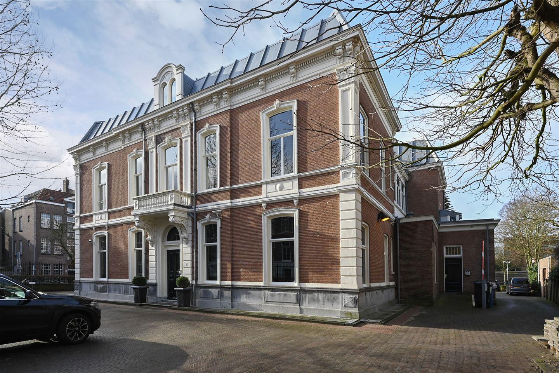 Bekijk foto 1 van Van de Spiegelstraat 12