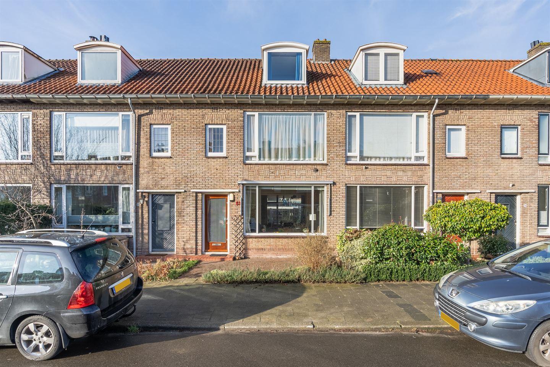 Bekijk foto 1 van Von Weberstraat 52