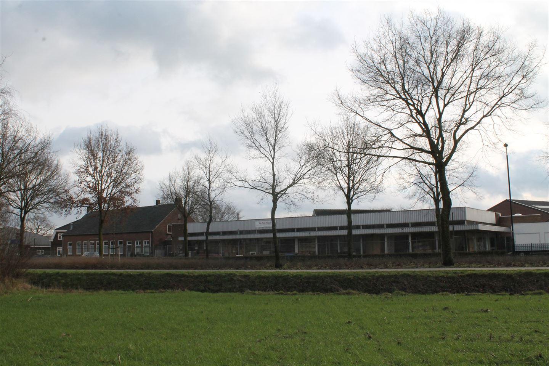 Bekijk foto 2 van Molenstraat 34