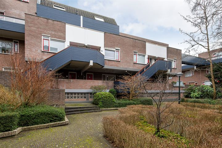 Doornenburg 77