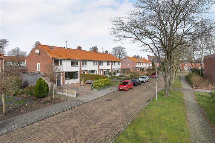 Zeemanstraat 18