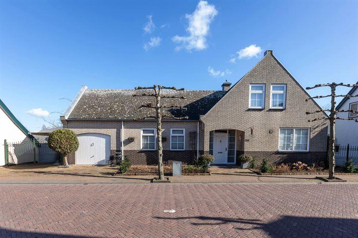 Dorpsstraat 228
