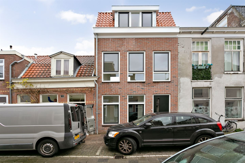 Bekijk foto 1 van Jan Nieuwenhuijzenstraat 19 A