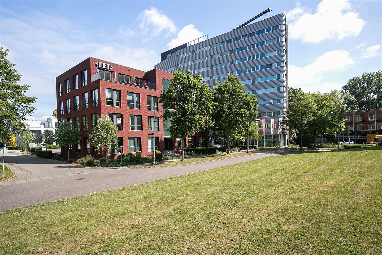Bekijk foto 1 van Delftechpark 37