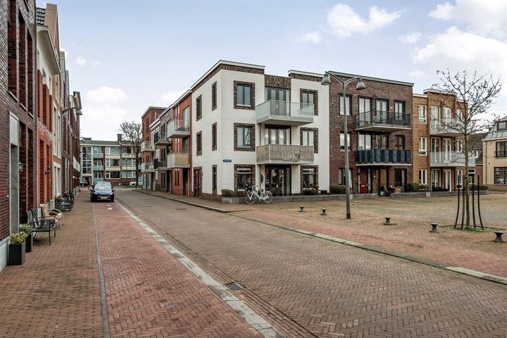 Oranjestraat 88
