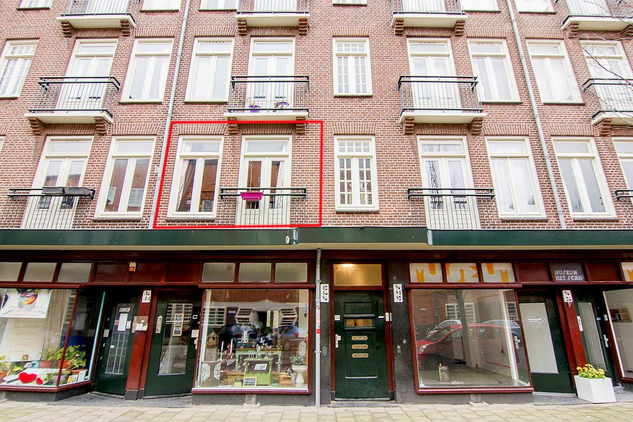 Bekijk foto 2 van Oostzaanstraat 38