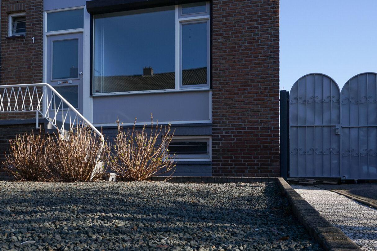 Bekijk foto 5 van Woeringenstraat 1