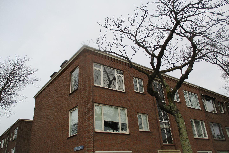 Bekijk foto 2 van Woudenbergstraat 71