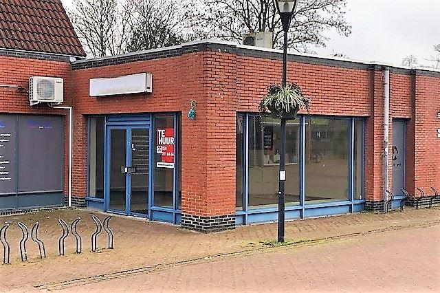 Overtuinen 8, Zuidhorn