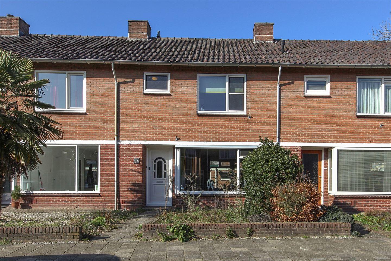 Bekijk foto 1 van Rijnstraat 21