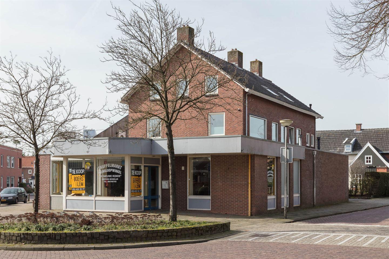 Bekijk foto 2 van Molenstraat 11