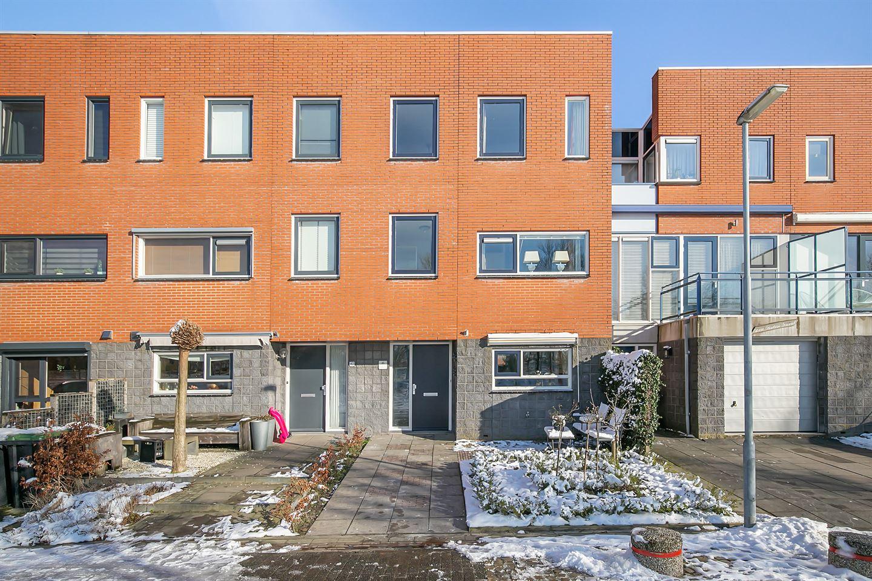 View photo 1 of Duizendbladstraat 45
