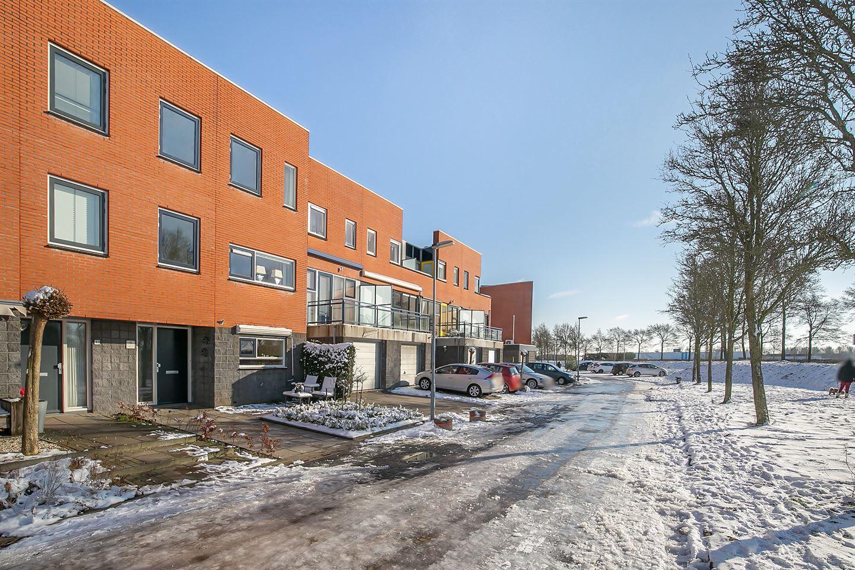 View photo 3 of Duizendbladstraat 45