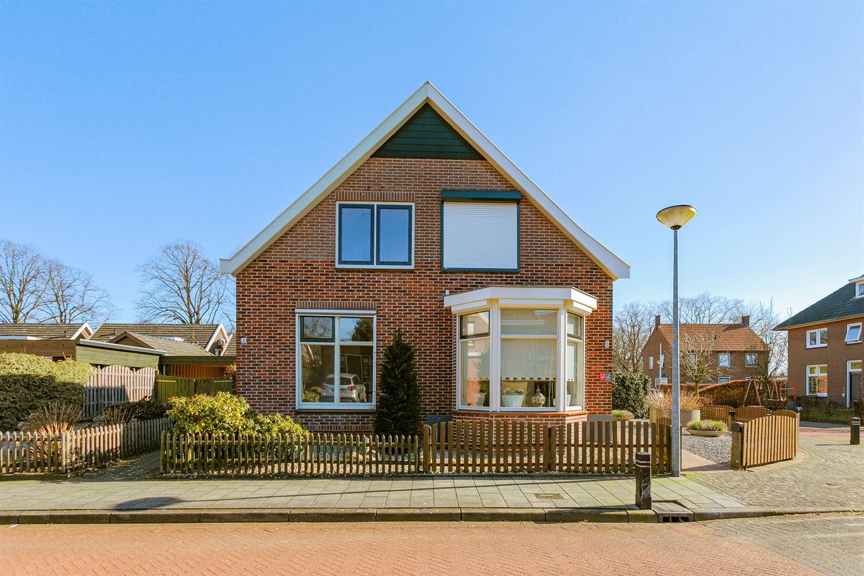 Bekijk foto 2 van Dillenburgstraat 4