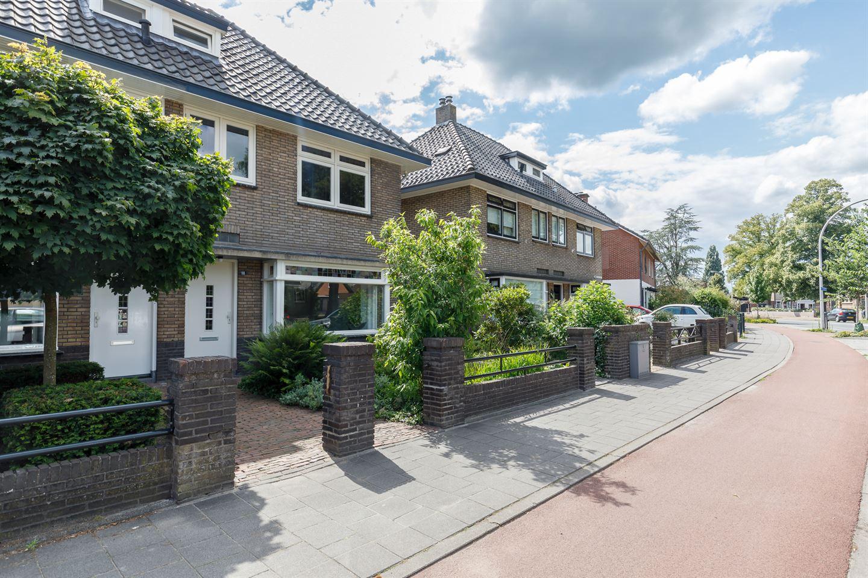 Bekijk foto 4 van Mr. P.J. Troelstrastraat 118