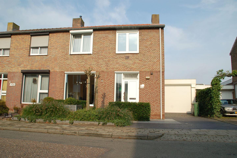 Bekijk foto 1 van Graafschap Hornestraat 5