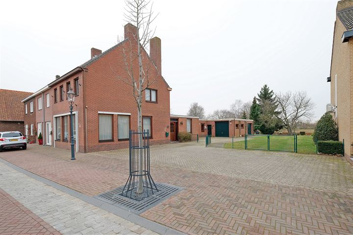 Hoofdstraat 126