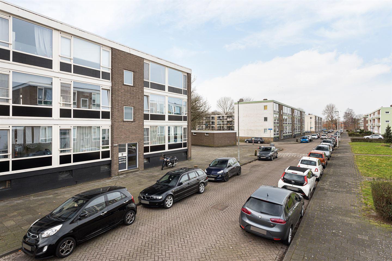 View photo 3 of Van Wijngaardenlaan 64