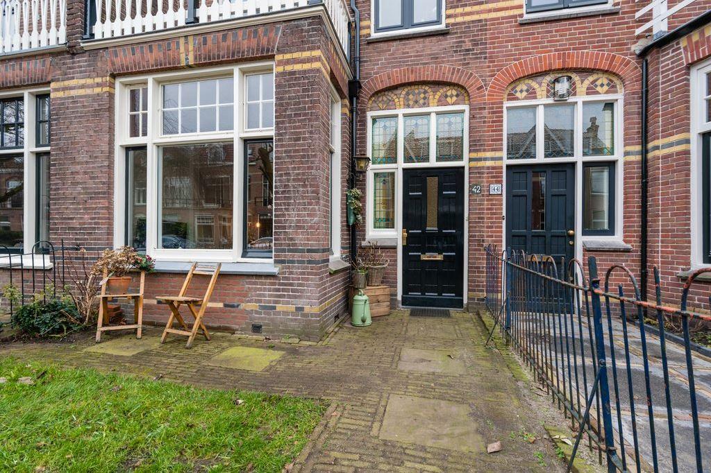 View photo 2 of Gerard Doustraat 42