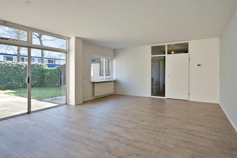 Bekijk foto 2 van Kasteel Montfoortstraat 33