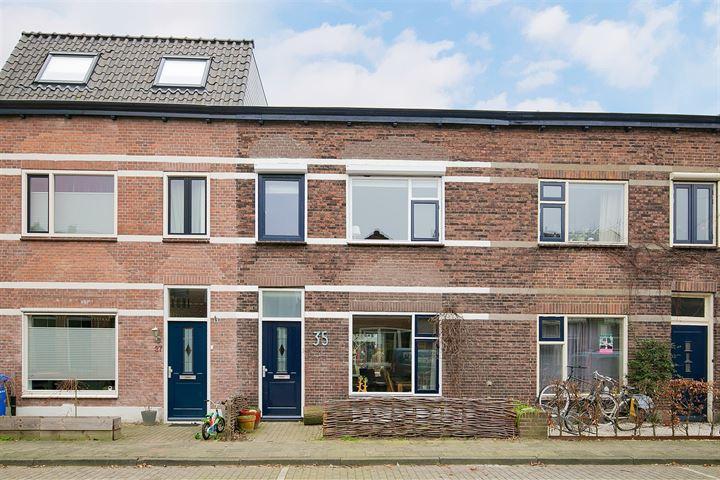 Pieter Pijpersstraat 35