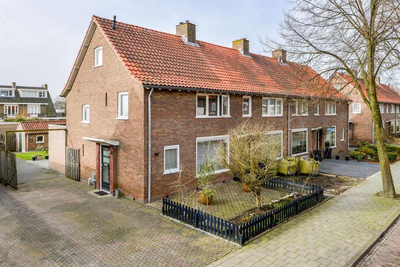 Bekijk foto 1 van Eksterstraat 41