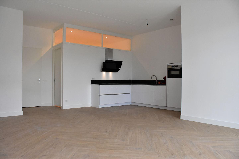 View photo 1 of Noorderhoofdstraat 10 E