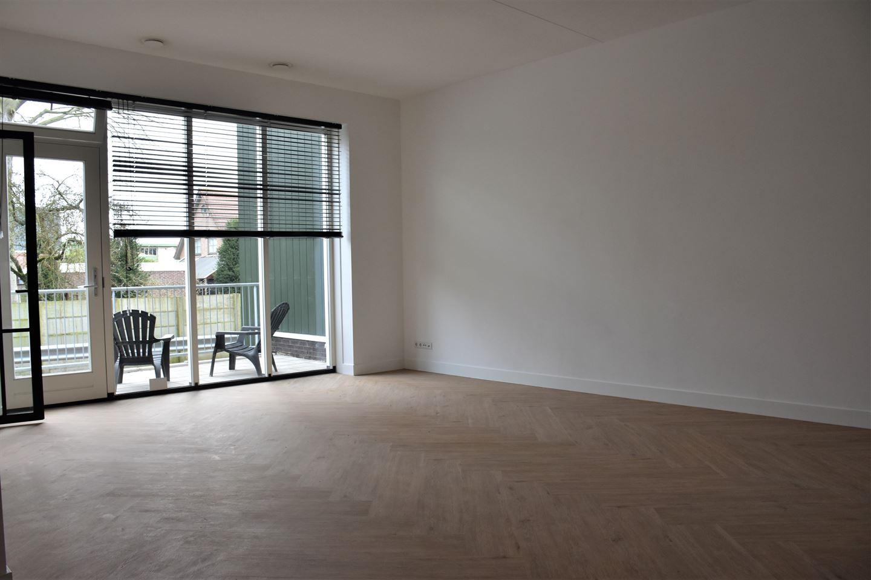 View photo 2 of Noorderhoofdstraat 10 E