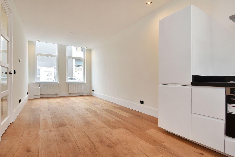 View photo 3 of Van Mierisstraat 32