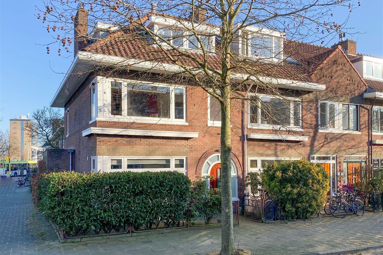 Bekijk foto 1 van H.J. Koenenstraat 1