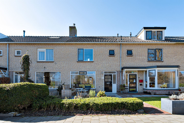 View photo 3 of Esdoornweg 41