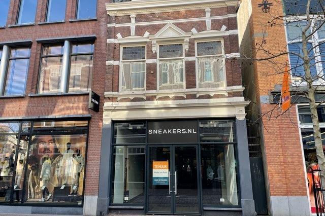 Bekijk foto 1 van Hoofdstraat 113