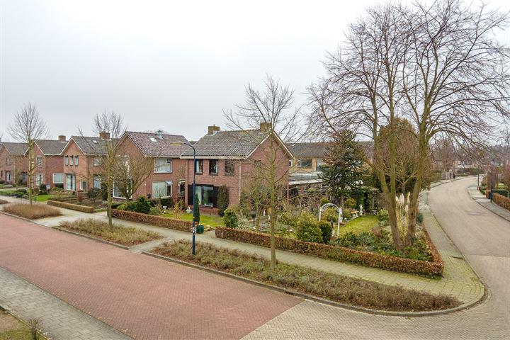 Julianastraat 18