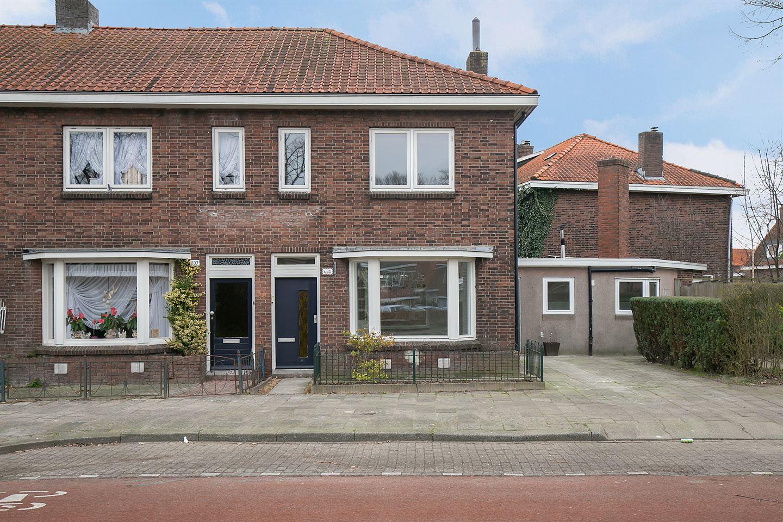 Bekijk foto 1 van Burgemeester Van Veenlaan 639