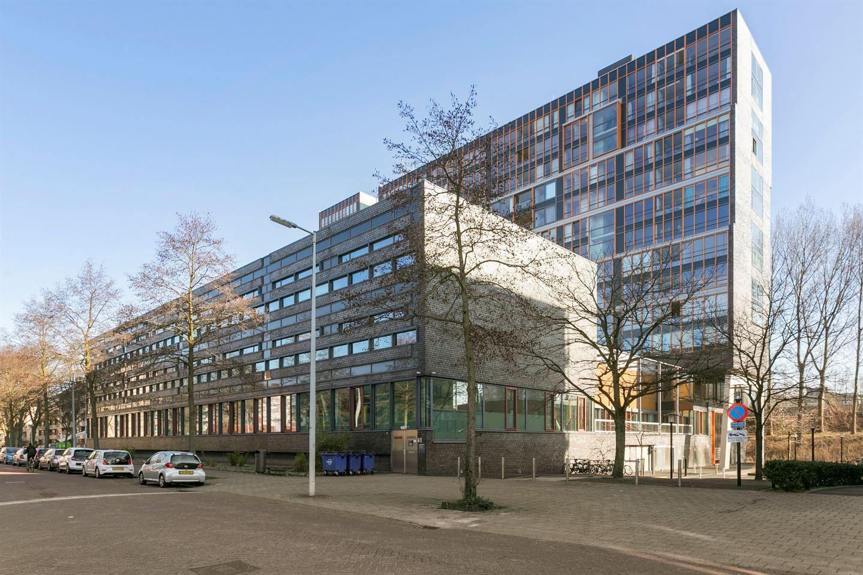 Bekijk foto 2 van Jacques Veltmanstraat 33