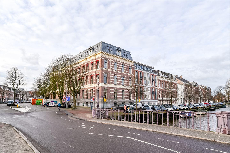 Bekijk foto 1 van Nassauplein 35