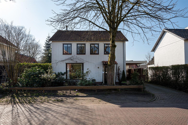 Bekijk foto 5 van Burgemeester Uijenstraat 28