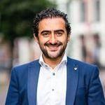 Manoek Atanesyan, verzekeringsadviseur -