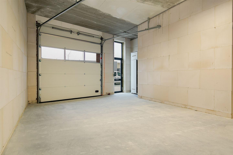 Bekijk foto 2 van Industrieweg 4 b