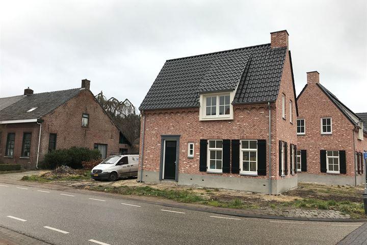 Dorpsstraat 56