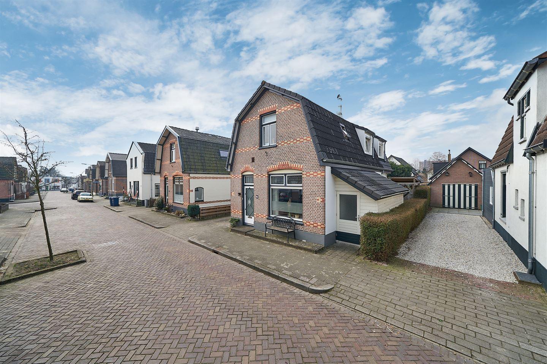 Bekijk foto 2 van Bartelsweg 17