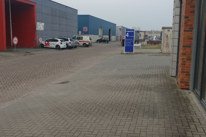 Bekijk foto 3 van Loggerweg 4